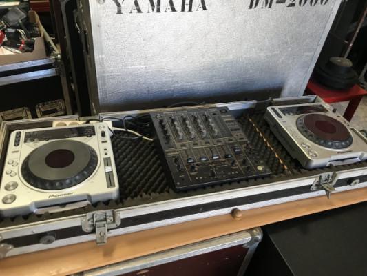Equipo dj PIONEER DJM 600 + 2X CDJ 800 M