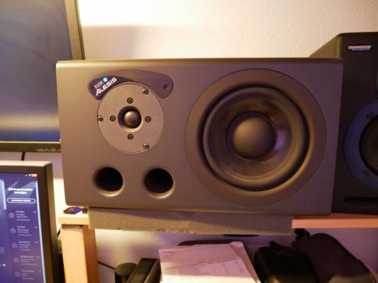 Monitores Alesis M1 MK1 active