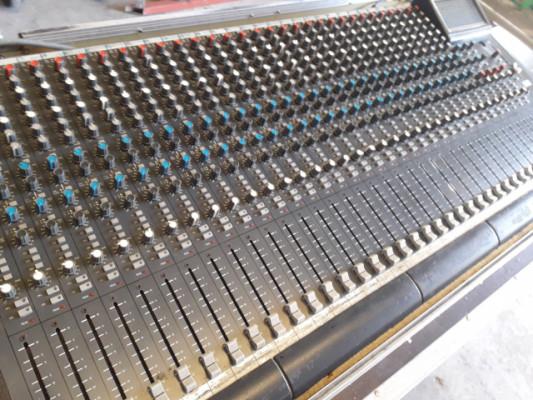 mesa de mezclas 32 canales sountracks solo 8