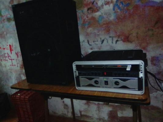 Ojo:equipo de música robado