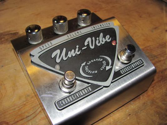 Pedal Dunlop Uni-Vibe UV-1 Chorus/Vibrato