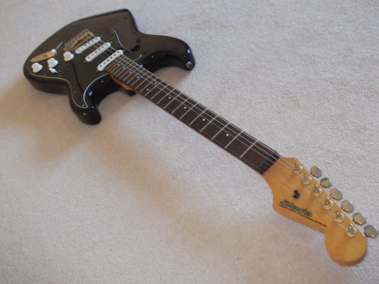 Guitarra Eléctrica Blade R2