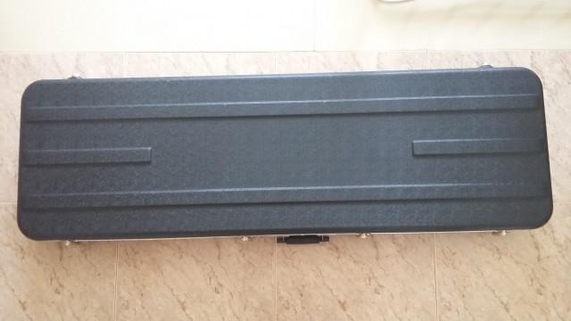 Estuche rígido para bajo Thomann E-Bass Case ABS