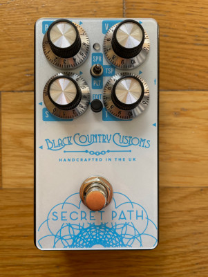 Secret Path Reverb by Laney Black Country Customs
