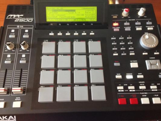 Mpc 2500, sampler caja de ritmos, Akai.