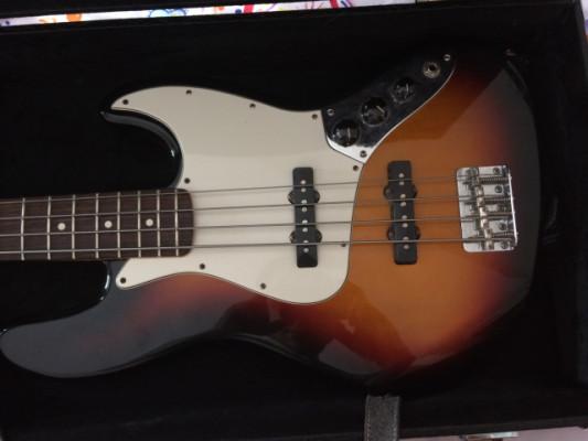 Fender Jazz Bass + estuche rígido