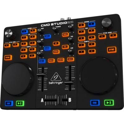 Controlador Behringer CMD Studio 2A. Nuevo exposición