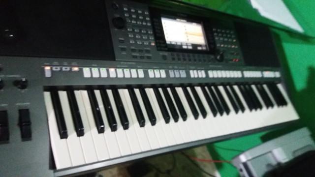 Yamaha psr 770
