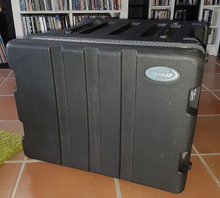 Porta racks SKB de 8 unidades
