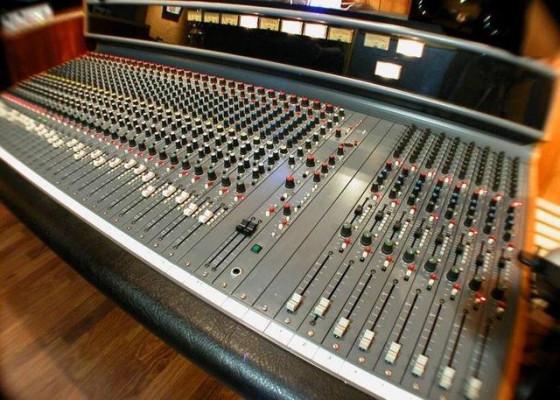 Mesa de mezclas analógica