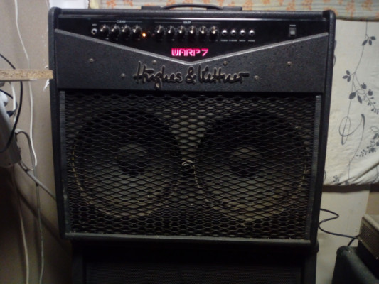 Amplificador Hughes and kettner