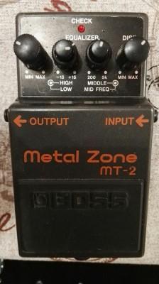 Boss Metal Zone MT-2 distorsión