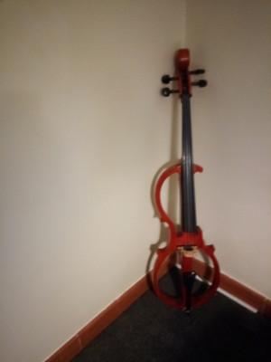 Cello elèctrico Carlo Giordano
