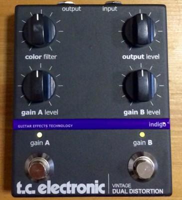 Vintage Dual Distortion tc.electronic+fuente alimentación