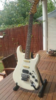 """O cambio por Greco """"Fender Stratocaster Floyd Rose"""""""