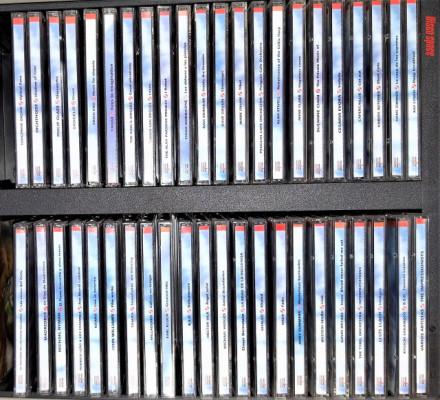 """Colección 45 CDs + Enciclopedia de 3 volúmenes """"Las Nuevas Músicas"""""""