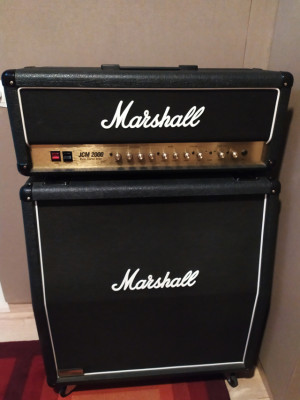 Marshall JCM 2000 + 1960AV Vintage + Flight Case