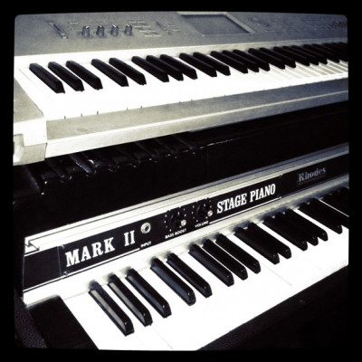 Piano Rhodes Mark II 73