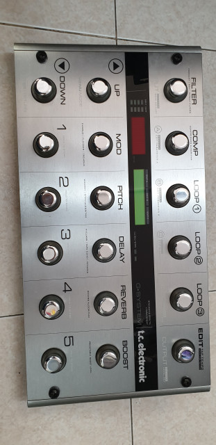 TC ELECTRONIC G-SYSTEM como nueva