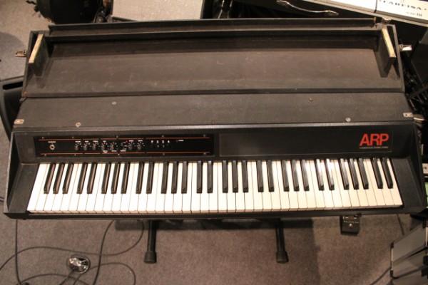 ARP 4 VOICES piano eléctrico