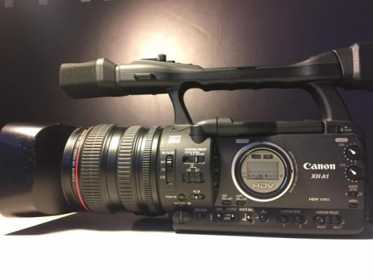 vendo CANON XH-A1