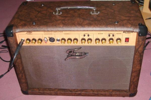Fame AC60 - Amplificador Acústico