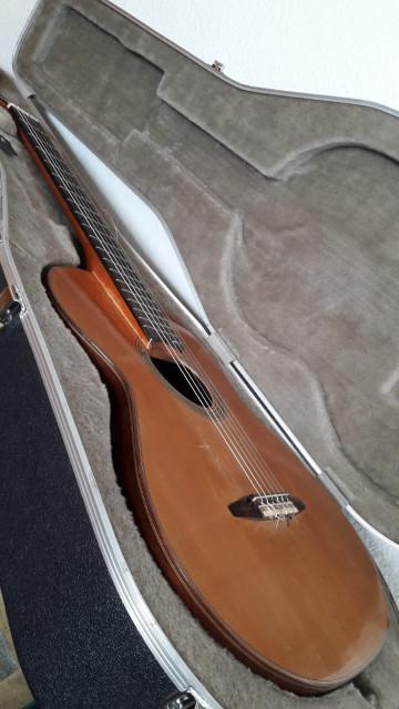 Vendo guitarra clasica
