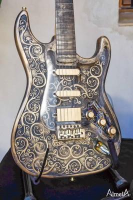 Guitarra electrónica Martper Gold Glam bajada precio