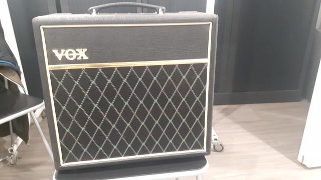 Vox Pathfinder 15R.