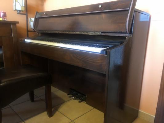 MUEBLE PARA PIANO 7 OCTAVAS