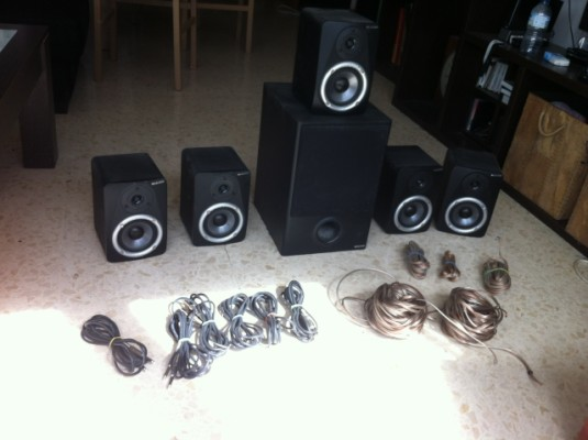 o cambio Monitores 5.1 Studiophile LX4 M-Audio 5.1 Speakers