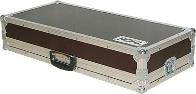 Vendo pedalera flight-case Thon..................................