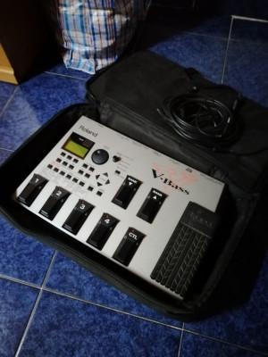 Pedalera virtual bass