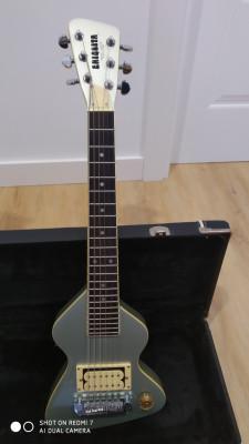 CHIQUITA travel guitar