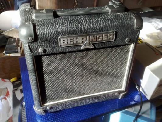 Behringer Vintager AC108 Ampli Híbrido