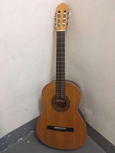 Guitarra española F. Manzanero