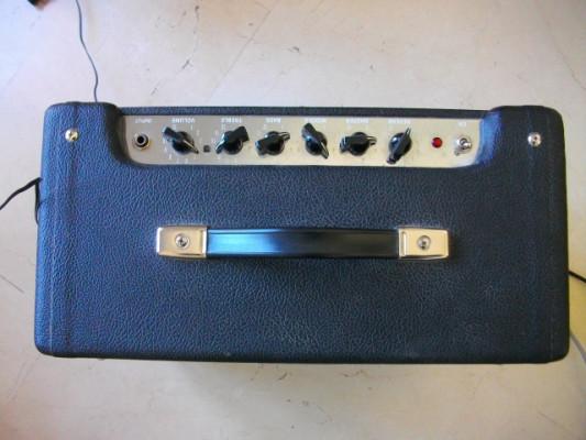 Fender Blues Junior con mejoras.