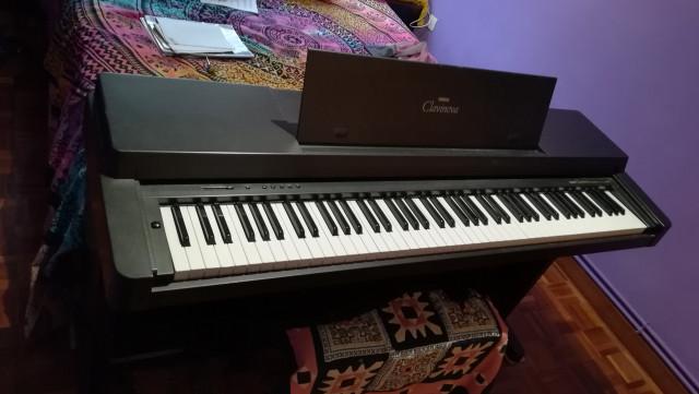 Piano eléctrico Yamaha Clavinova CLP350