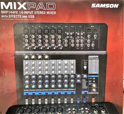 Mesa Mezclas Samson MXP144FX - como nueva