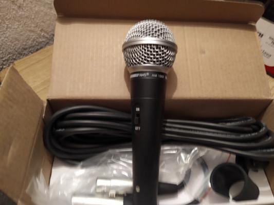 Micrófonos AMS