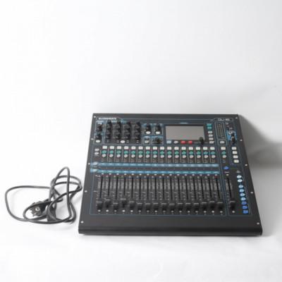 Mesa de mezclas ALLEN&HEATH QU-16 de segunda mano E321818