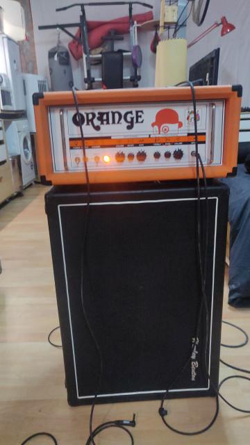 Cabezal Orange TH30 y pantalla 2x12 con altavoces Celestion Vintage