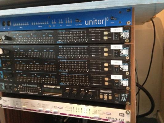 32 I/O de Motu 2408 PCIe ó PCI