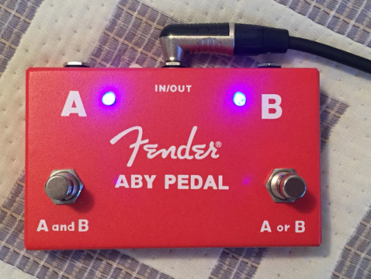 Pedal Fender ABY impoluto
