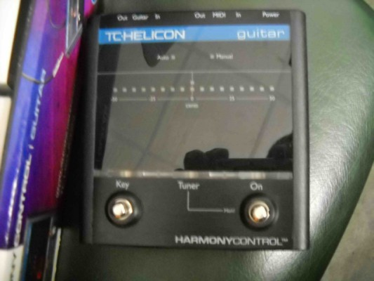 TC Helicon harmonycontrol guitar, para que el Voicelive 1 cambie automaticamente de armonia con los acordes de tu guitar