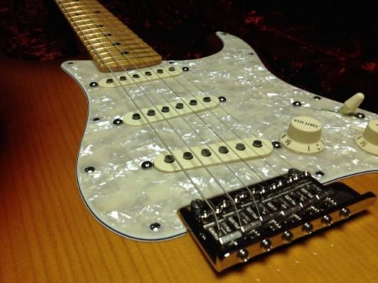 Fender Select Stratocaster Port Orford Cedar