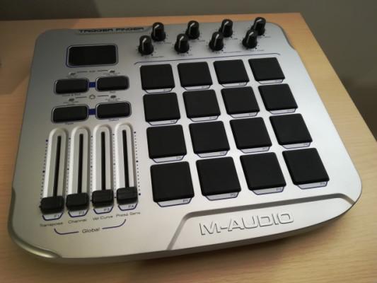 Controlador midi M-audio Trigger Finger
