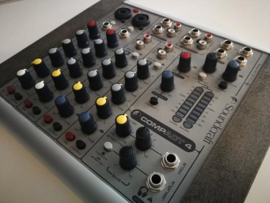 Mesa Soundcraft Compact 4
