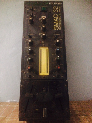 Mesa de mezclas Ecler SMAC 32