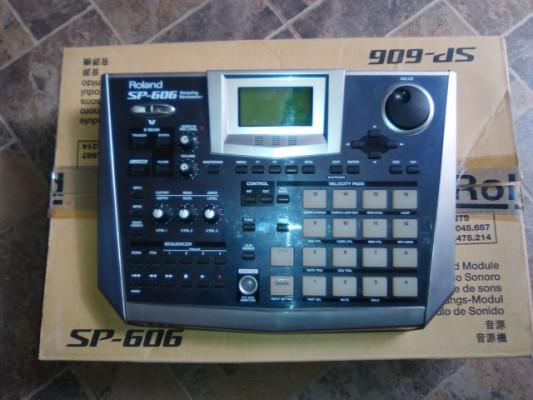 Vendo Roland Sp 606